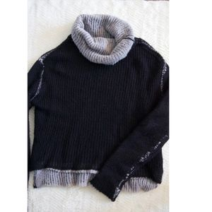 AE turtle neck sweater